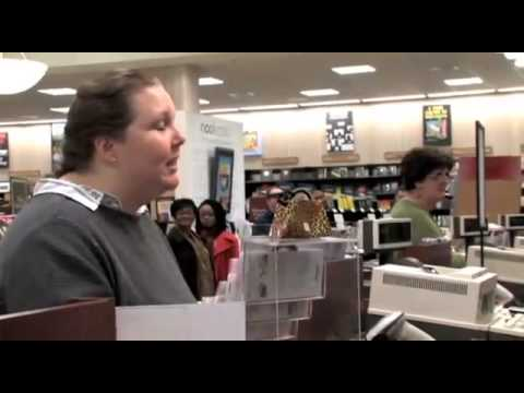 Paul Sheldon Fan Flips Out at Barnes and Noble!