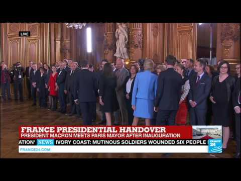 France: Emmanuel Macron meets with Paris Town hall officials