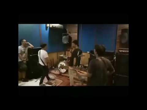 JARK - maniac cultural (LIVE TANGERANG DSDS)