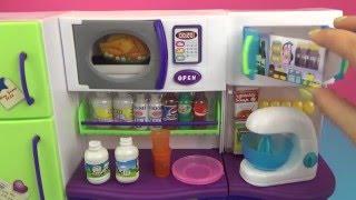 Кухня для кукол. Игрушка для девочек. Обзор и распаковка Kitchen for dolls. Toy for girls.(Видео для детей. Игровой набор., 2016-03-24T08:10:27.000Z)