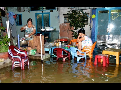 Heavy rain causes flooding in Ho Chi Minh City VietNam ( Saigon )