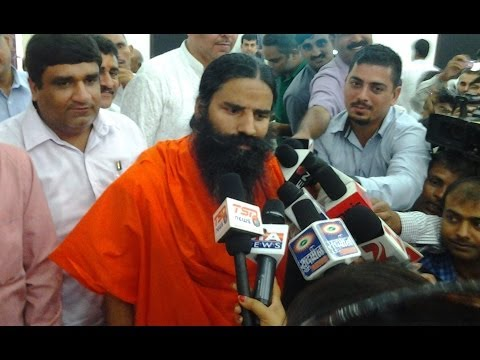 Uma Bharti against Sonia at Raebareli,UP  |  Swami Ramdev