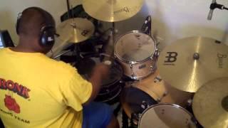 Elvis Crespo feat. Fito Blanko - Pegaíto Suavecito (Drum Cover)