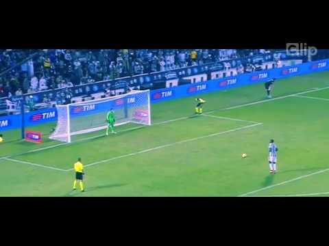 Pogba phát kiến kiểu đá penalty mới  Tàu hỏa vào ga