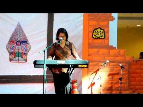 TK WARGA : Nyanyian Indah Bu Krist