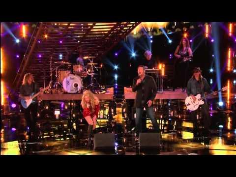 Blake Shelton and Shakira - Medicine - The Voice