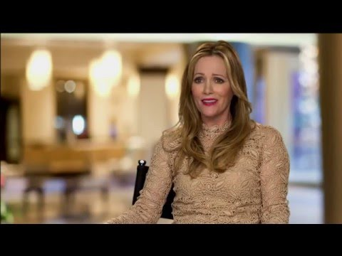 "How to Be Single: Leslie Mann ""Meg"" Behind the Scenes Movie Interview"