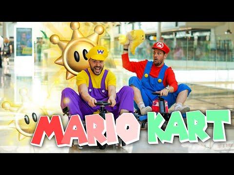 Mario Kart dans un centre commercial (vide, rien que pour nous)