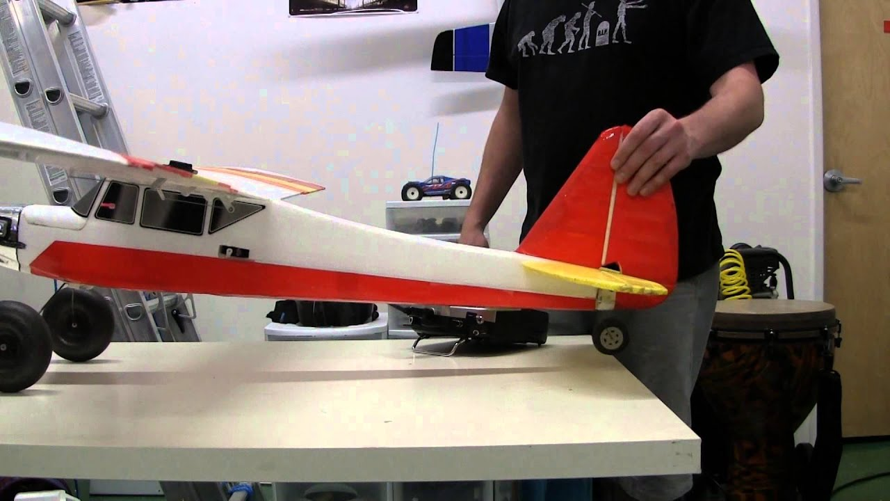 Download How do remote controlled airplanes work?
