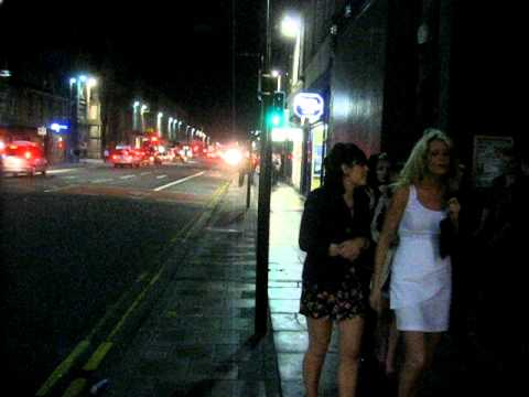 1min. em Aberdeen - Union Street by night