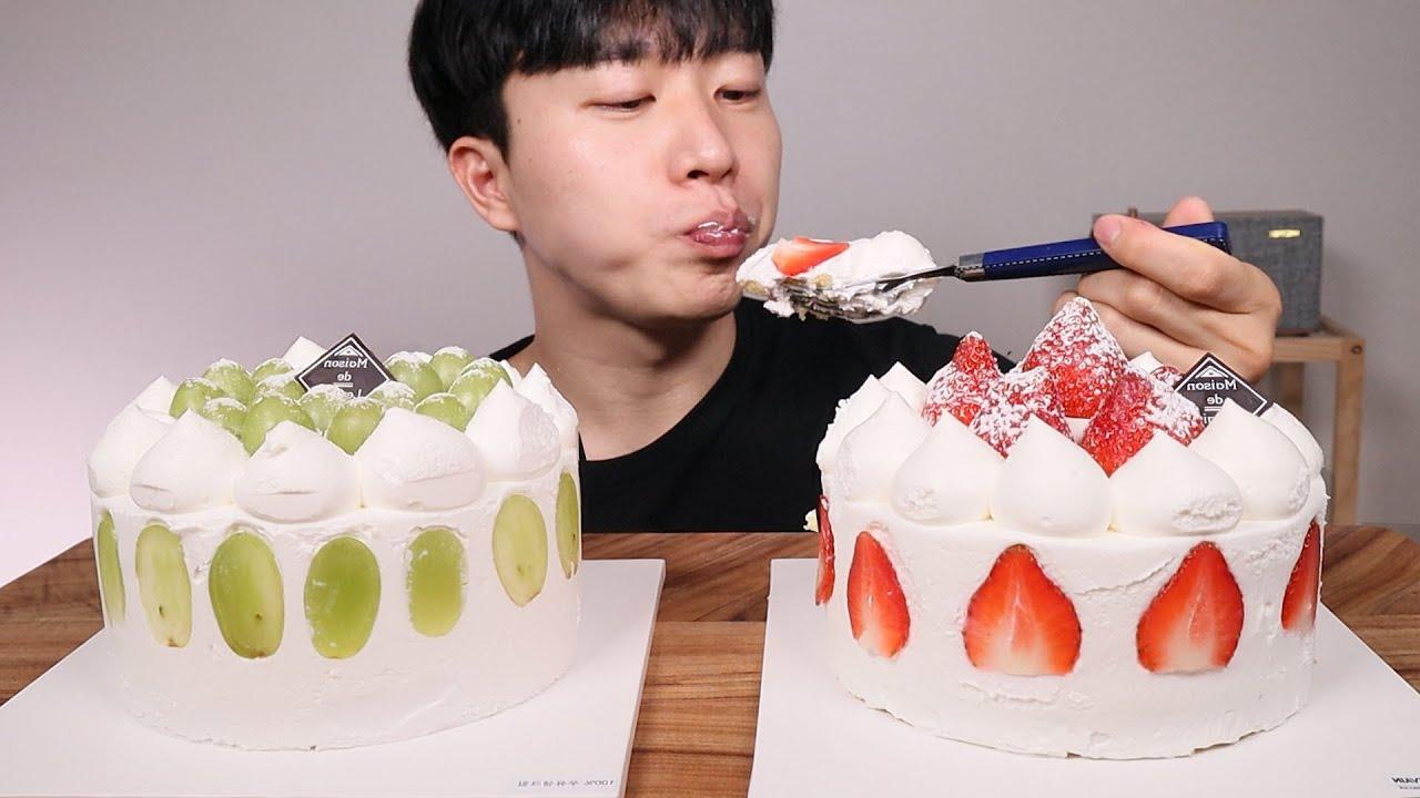 촉촉하고 달달한 딸기생크림케이크ㆍ청포도생크림케이크 먹방 ASMR MUKBANG StrawberryㆍGrape fresh cream cake KOREAN EATING SOUNDS