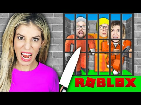 BREAKING BEST FRIENDS OUT to Escape ROBLOX Prison