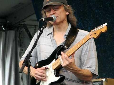 Sonny Landreth playing