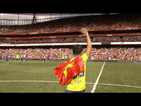 The Running Man comes to Emirates Stadium