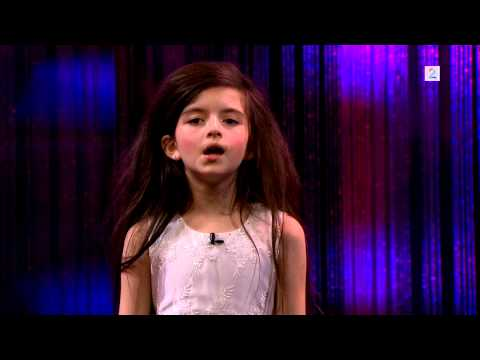 Amazing seven year old sings Fly Me To The Moon (Angelina Jordan) on Senkveld
