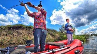 Щука в августе - рыбалка с лодки с сыном. Ловили щуку на воблеры, джерк, джиг, тролинг и лягушки :)
