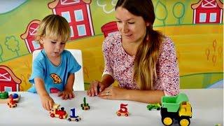 Дети и родители: Эмир собирает паровозик. Развивающее видео для малышей.