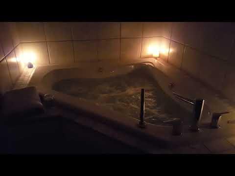 Jacuzzi tub, candle light, post renovations.