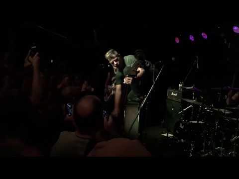 The Living End - Prisoner of Society (Live) @ The Riot Room Kansas City Sept. 2, 2017