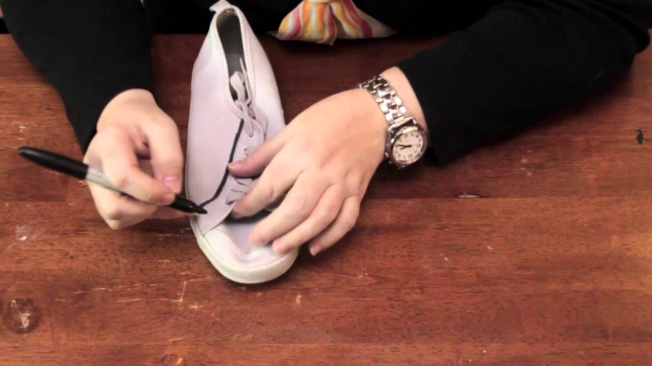 Decorating Shoes With Sharpies : Fun & Decorative Crafts