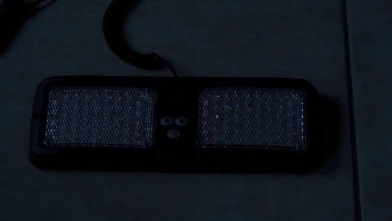 stroboscope bleu 84 led et 12 programmespour pare soleil youtube. Black Bedroom Furniture Sets. Home Design Ideas