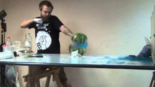 Арбуз разлетелся к чертям !! 700 резинок против арбуза