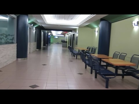 Return To Dead Underground Shopping Mall In Ottawa