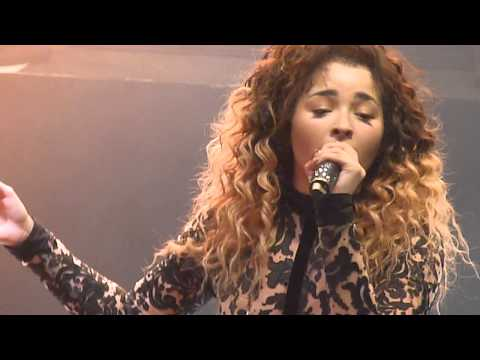 Ella Eyre - We Don't Have To Take Our Clothes Off (HD) (Shepherd's Bush Empire, London. 10/10/2014)