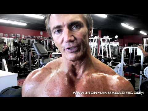 Natural Mr. Olympia John Hansen Talks Diet and Nutrition