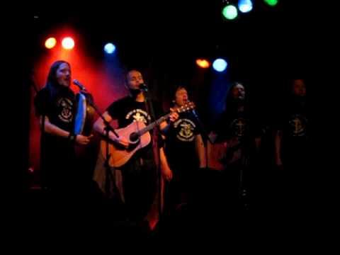 Storm Weather Shanty Choir - Rio Grande (Live) Chords - Chordify