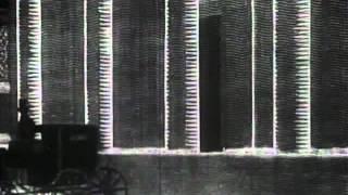 Alexander Alexeieff and Claire Parker - Le Nez (1963).avi