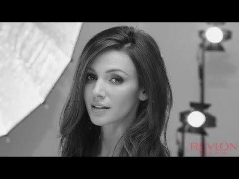 Michelle Keegan Chooses Revlon Mascara