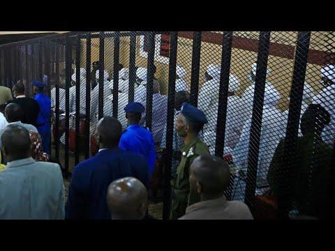 Au Soudan s'ouvre le procès de la dictature d'Omar el-Béchir