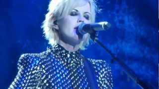 (HD) The Cranberries - Dreaming My Dreams Live @ Rockhal Luxembourg