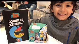 KRAL ŞAKİR: DOSTUM BU ÇOK HAVALI Kitabını Varol Yaşaroğlu İmzaladı Arel Efe Çok Mutlu Oldu