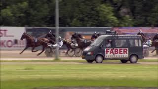 Vidéo de la course PMU PRIX DIGNE ET DROIT