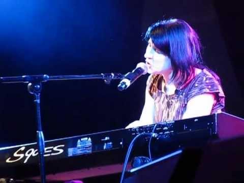 "Heather Williams - ""Hallelujah"" [live]"