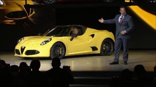 Chrysler Unveils the Alfa Romeo 4C Spider at Detroit Auto Show