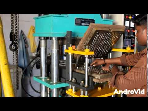 Automatic rubber molding machine