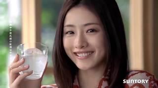 石原 さとみ - ふんわり京月 CM https://www.suntory.com/brands/funwar...