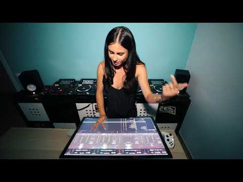 Juicy M - mixing with Xbox controllers