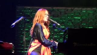 Tori Amos - Time (live in Milano @ Teatro Nazionale)