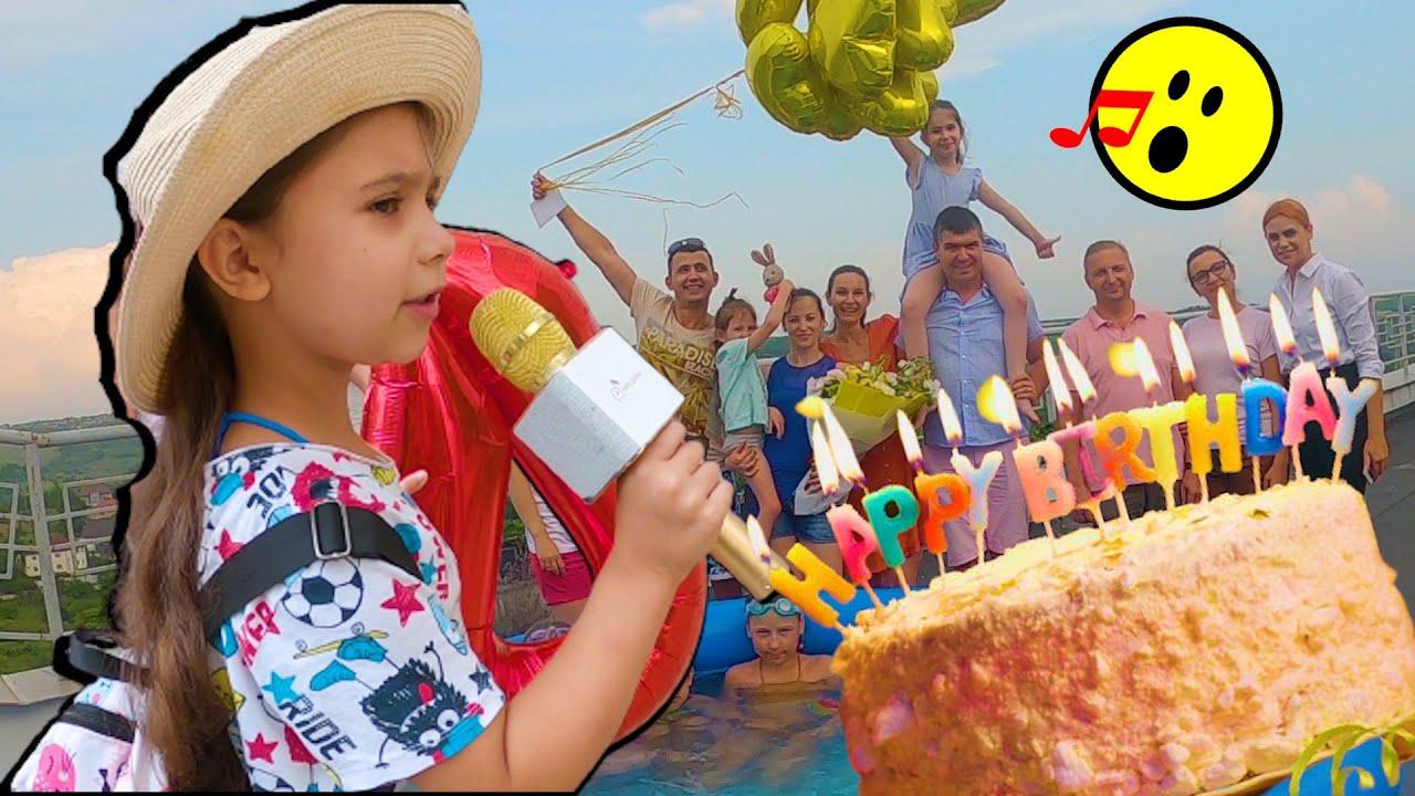 🎤Am cântat piesa Căpșunică dulce🍓 la ziua de naștere a Andreei. Distracție la PISCINĂ. Ciao Patricia