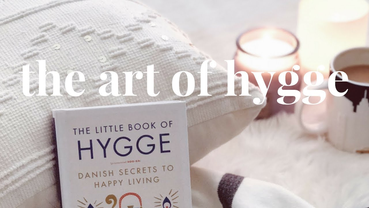 Hygge how to bring the simple living danish lifestyle for Minimalist living vs simple living
