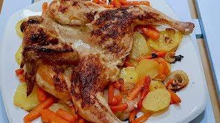 Цыпленок в духовке целиком с картошкой. Что может быть лучше сочного, зажареного цыпленка!