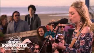 Demi Knight: Half Full - De Beste Singer-Songwriter van Nederland