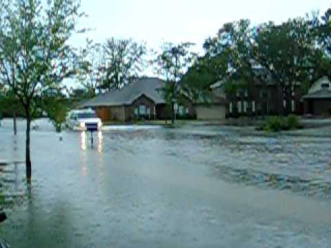 Flooding in League City, TX April 18, 2009