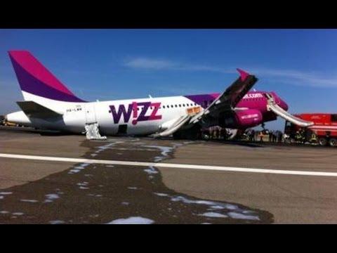 Wizzair Emergency Landing In Rome Youtube