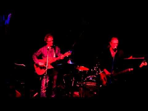Mark Gable & Steve Kilbey - Randwick Bells