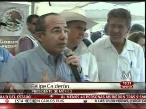 """Responde Calderón a maestra: """"Oportunidades es para los pobres"""""""